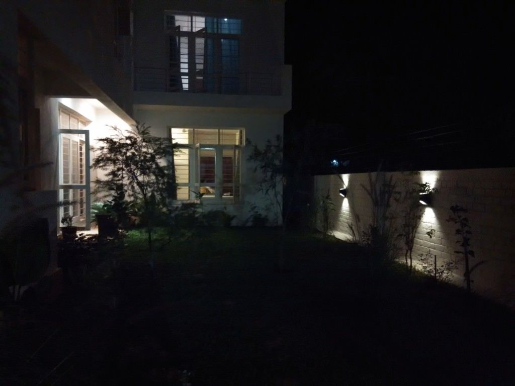 Xiaomi Redmi 1s camera sample_night shot