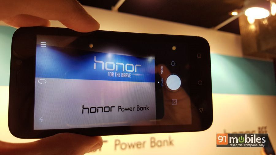 Honor Bee first impressions 21