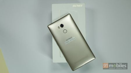 Gionee-Elife-E8-unboxing-14
