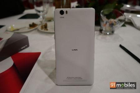 Lava V5 unboxing and first impressions 12