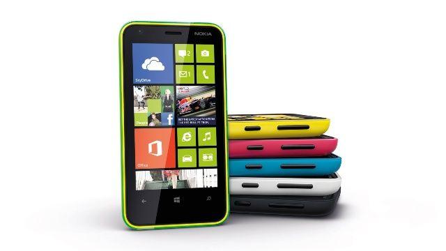 Nokia Lumia 620 front
