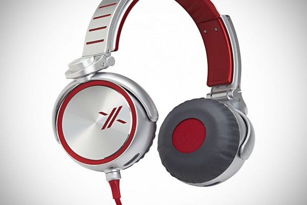 Sony-X-Headphones-2-618x434