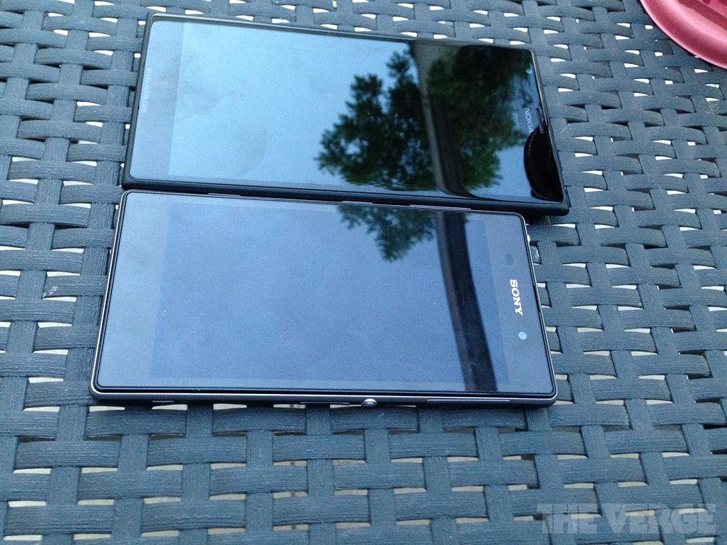 Nokia Lumia 1520 with Xperia Z1