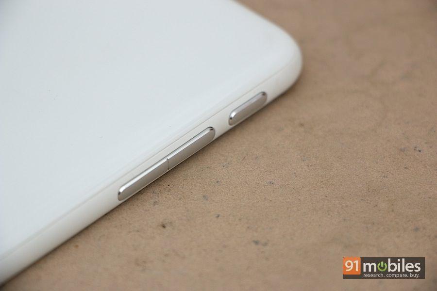 HTC-Desire-816-30