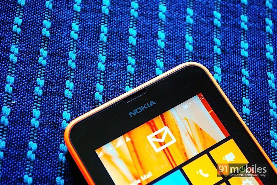 Nokia Lumia 630_top