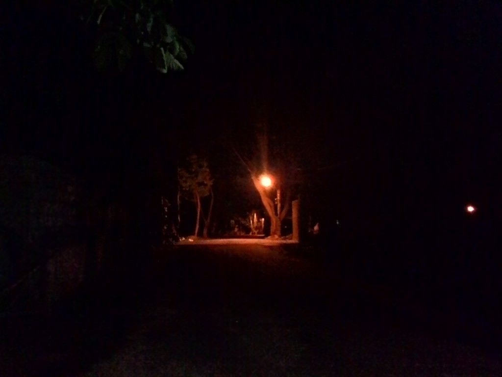 Asus Zenfone 4 camera sample_night shot