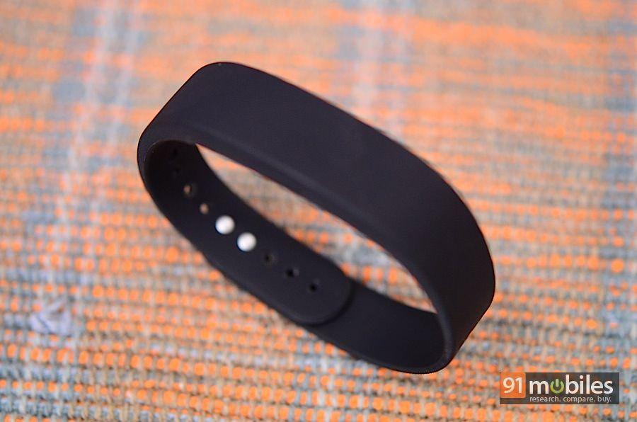Sony-SmartBand-12