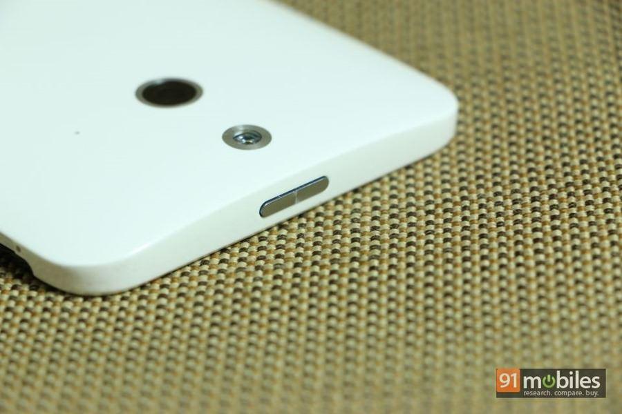 HTC One (E8) 10
