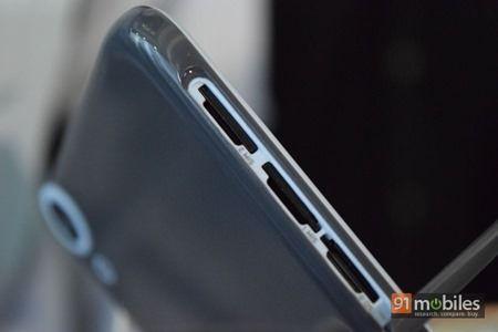 HTC Desire 820 04