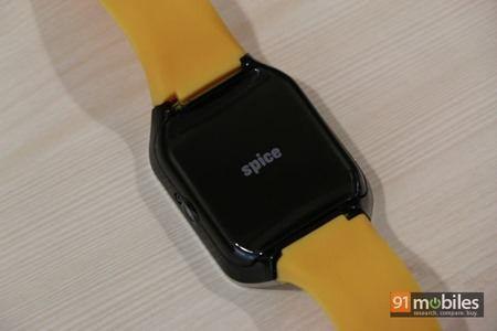 Spice SmartPulse smartwatch 32