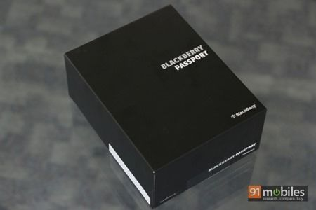 BlackBerry-Passport-05