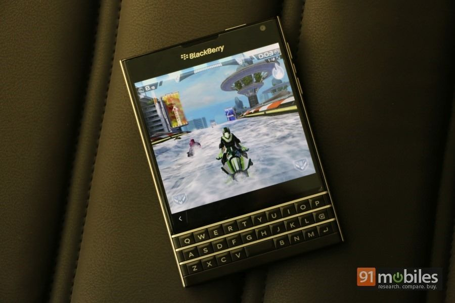 BlackBerry-Passport-57_thumb.jpg