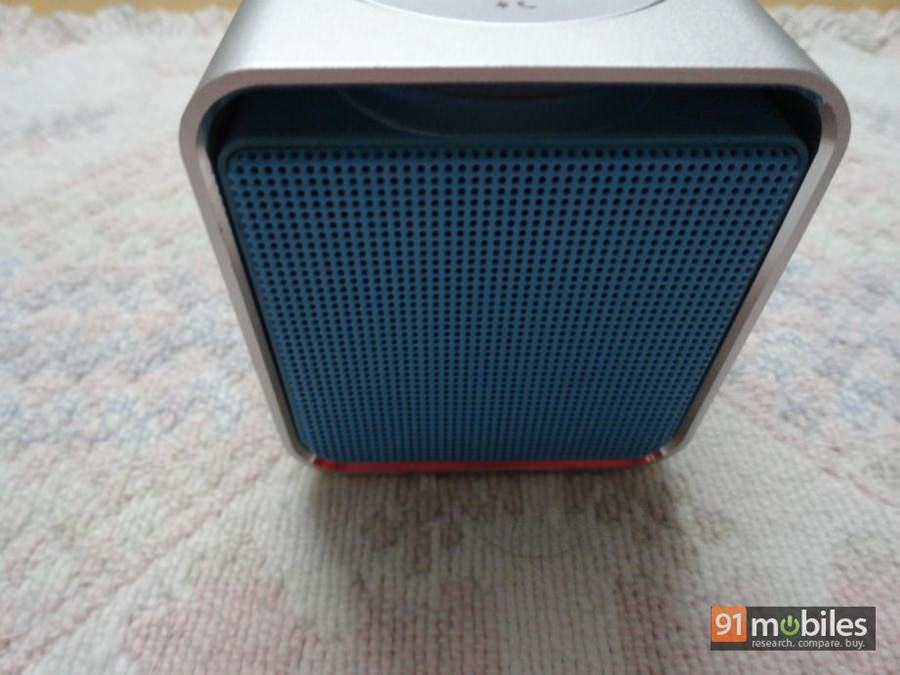 Rapoo A300 portable Bluetooth speaker review 07