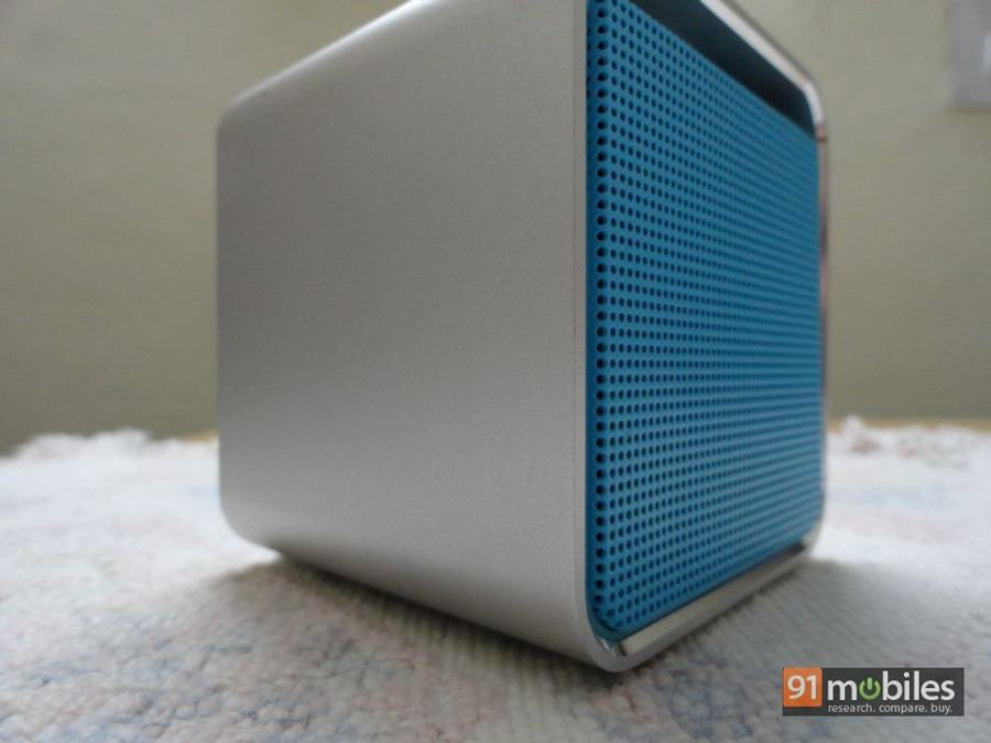 Rapoo A300 portable Bluetooth speaker review 17