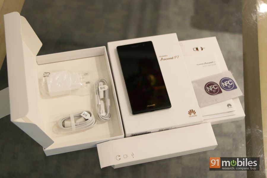 Huawei Ascend P7 unboxing 18