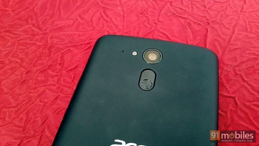 Acer Liquid E700 (3)