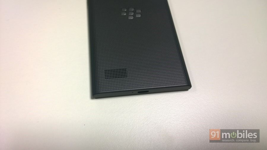BlackBerry-Leap-026
