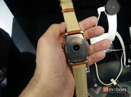 LG G Watch Urbane first impressions 07