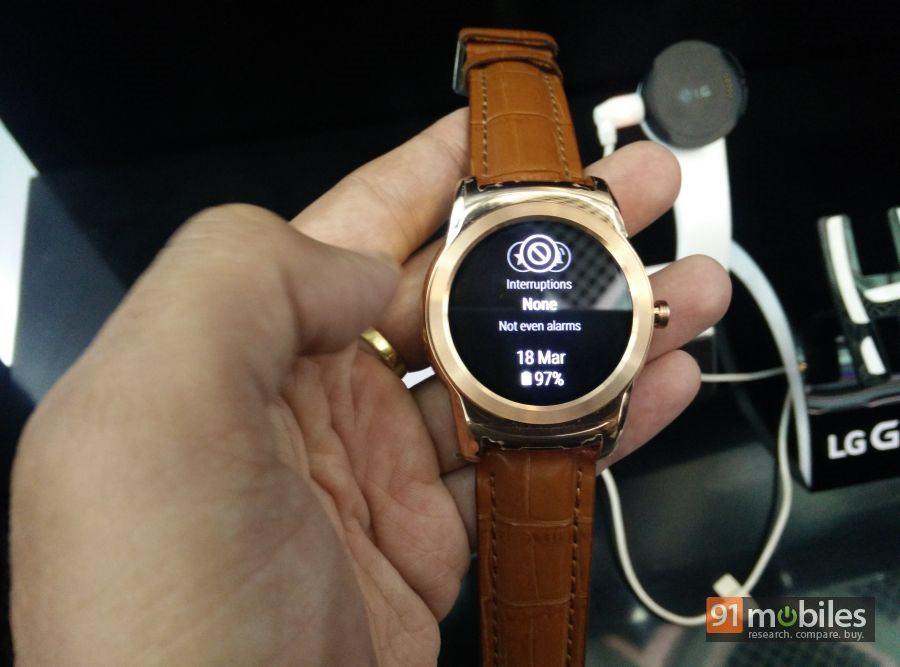 LG G Watch Urbane first impressions 08