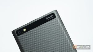 BlackBerry-Leap-008
