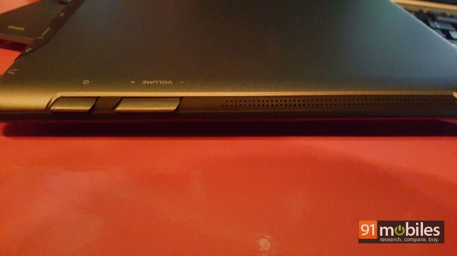 Micromax Canvas LAPTAb quick look 12