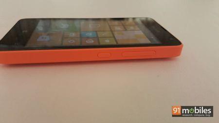 Microsoft Lumia 430 quick look 07