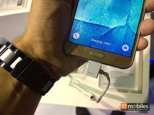 Samsung Galaxy J7 03