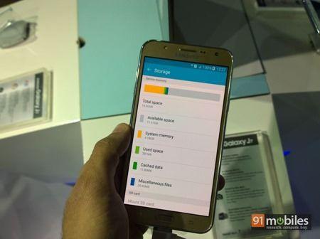 Samsung Galaxy J7 17