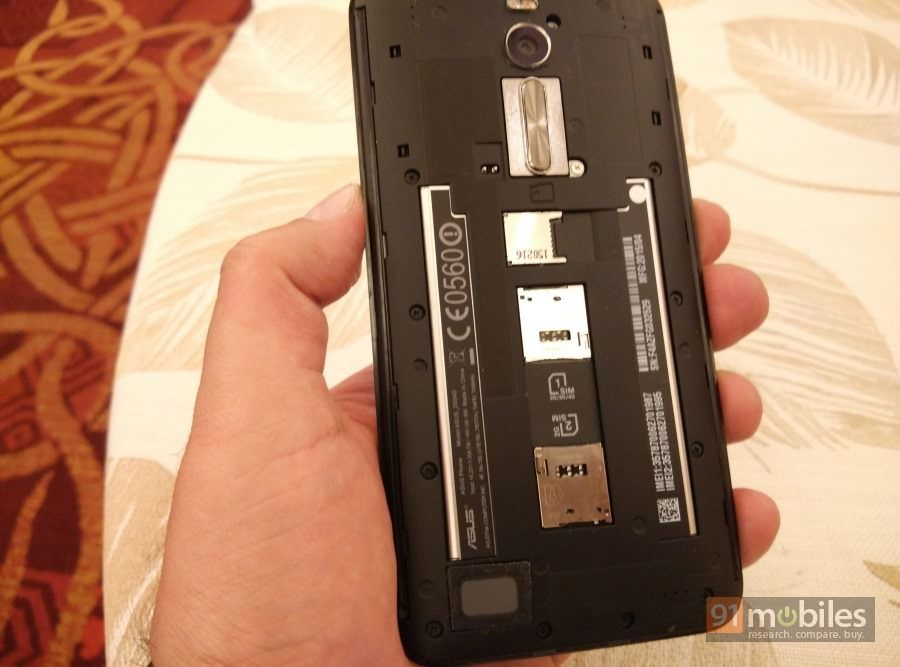 ASUS-Zenfone-2-Deluxe-014