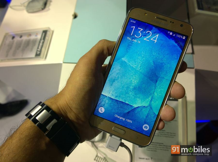 Samsung Galaxy J7 01