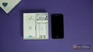 LG-Nexus-5X-unboxing07