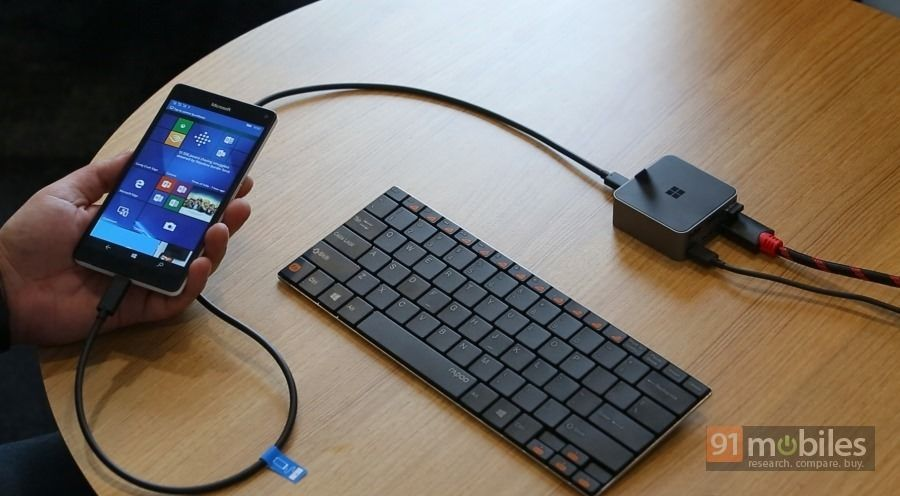 Microsoft-Lumia-950-XL-Continuum-02