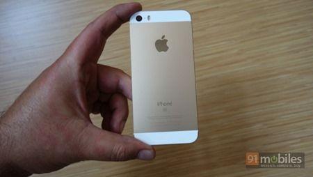 Apple-iPhone-SE-46