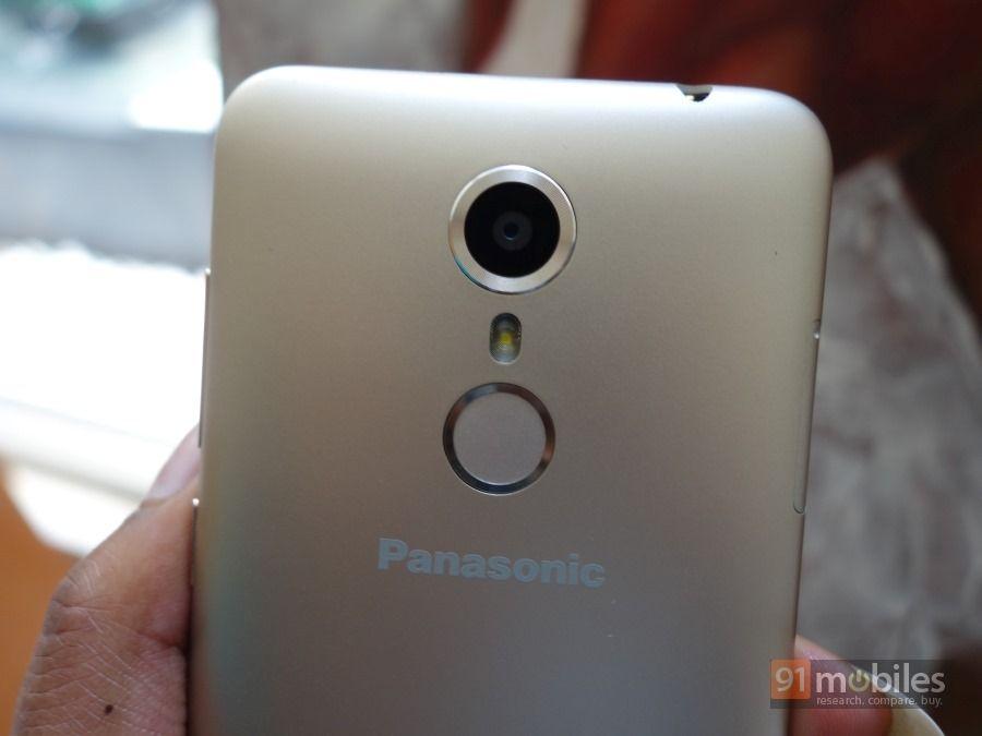 Panasonic-Eluga-Arc-unboxing-first-impressions05