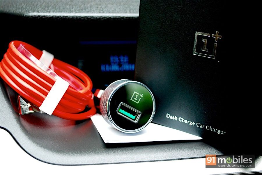 OnePlus 3_Dash Charge Car Charger unboxing