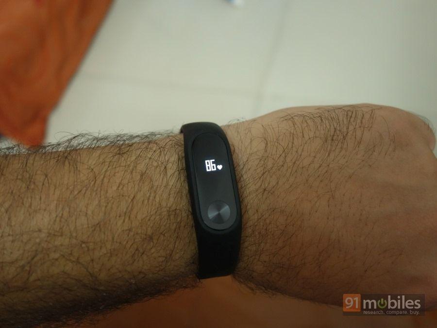Xiaomi-Mi-Band2-40