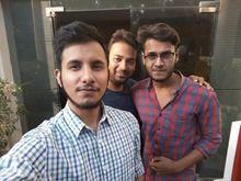 Galaxy A7 group selfie