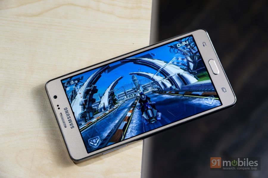 Samsung-Galaxy-On5-Pro-On7-Pro-review24