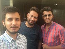 iPhone group selfie