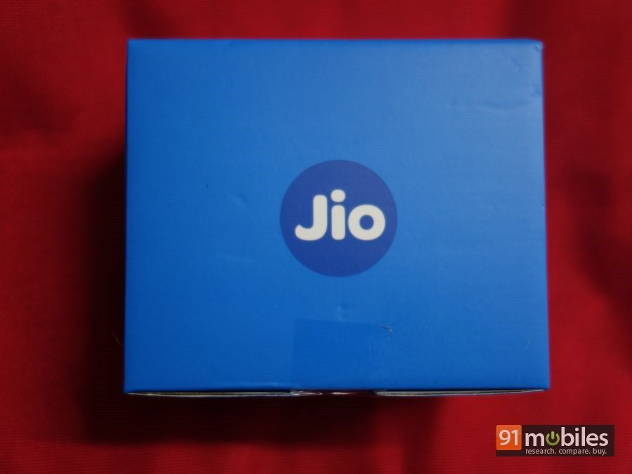 Reliance JioFi 2 unboxing and first impressions - 91mobiles 01