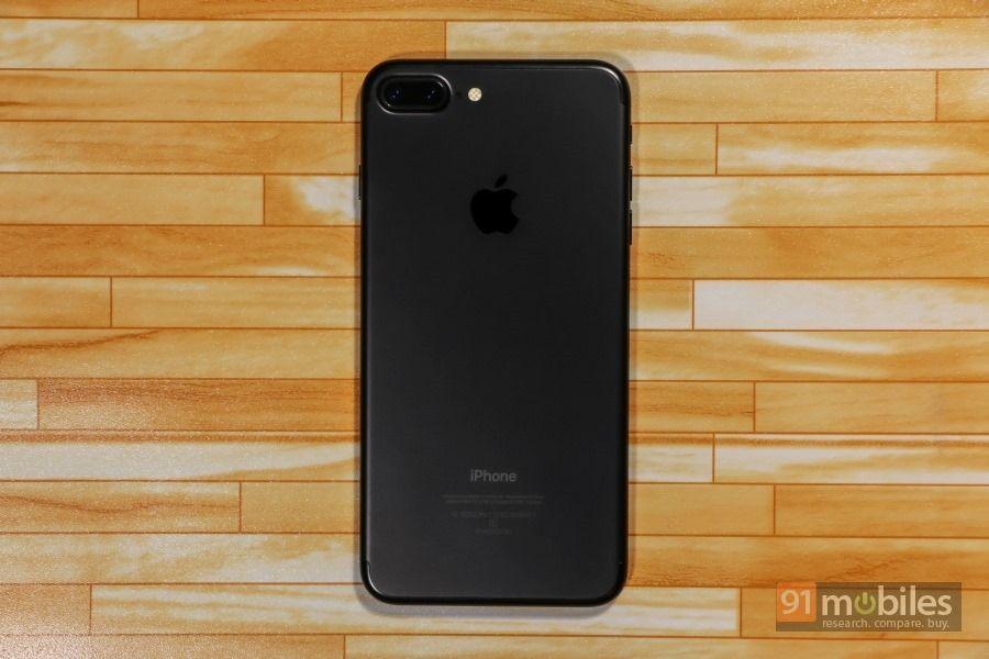 Apple-iPhone-7-Plus-21
