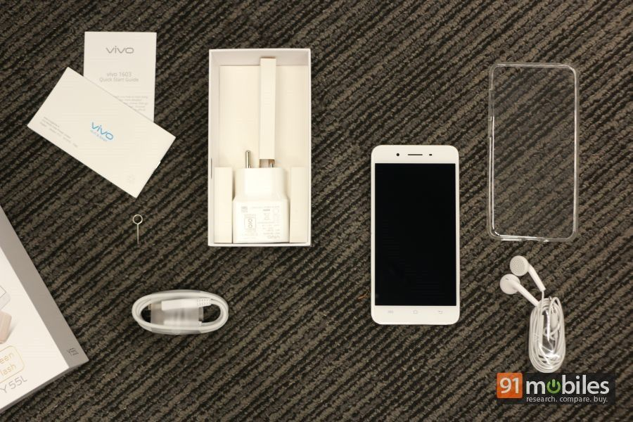 vivo Y55L unboxing and first impressions 01