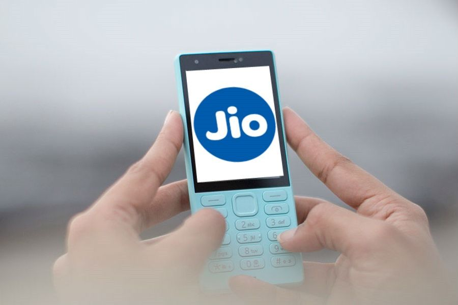 Reliance Jio to launch world's cheapest 4G VoLTE-enabled