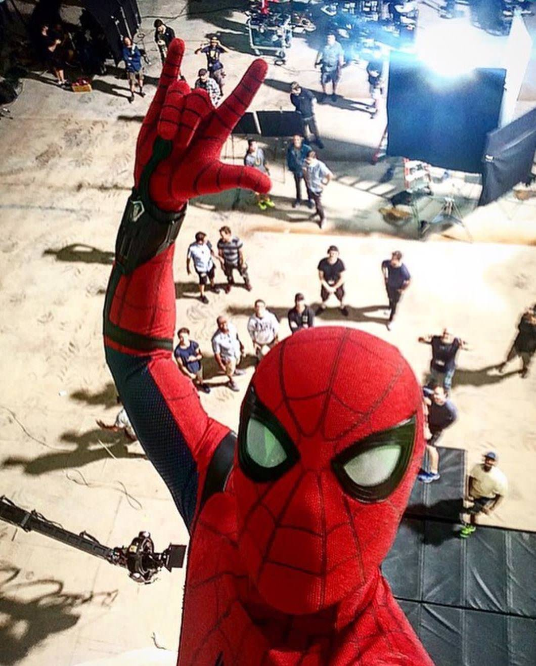 Tom Holland clicks a selfie at the sets of Spider-man Homecoming