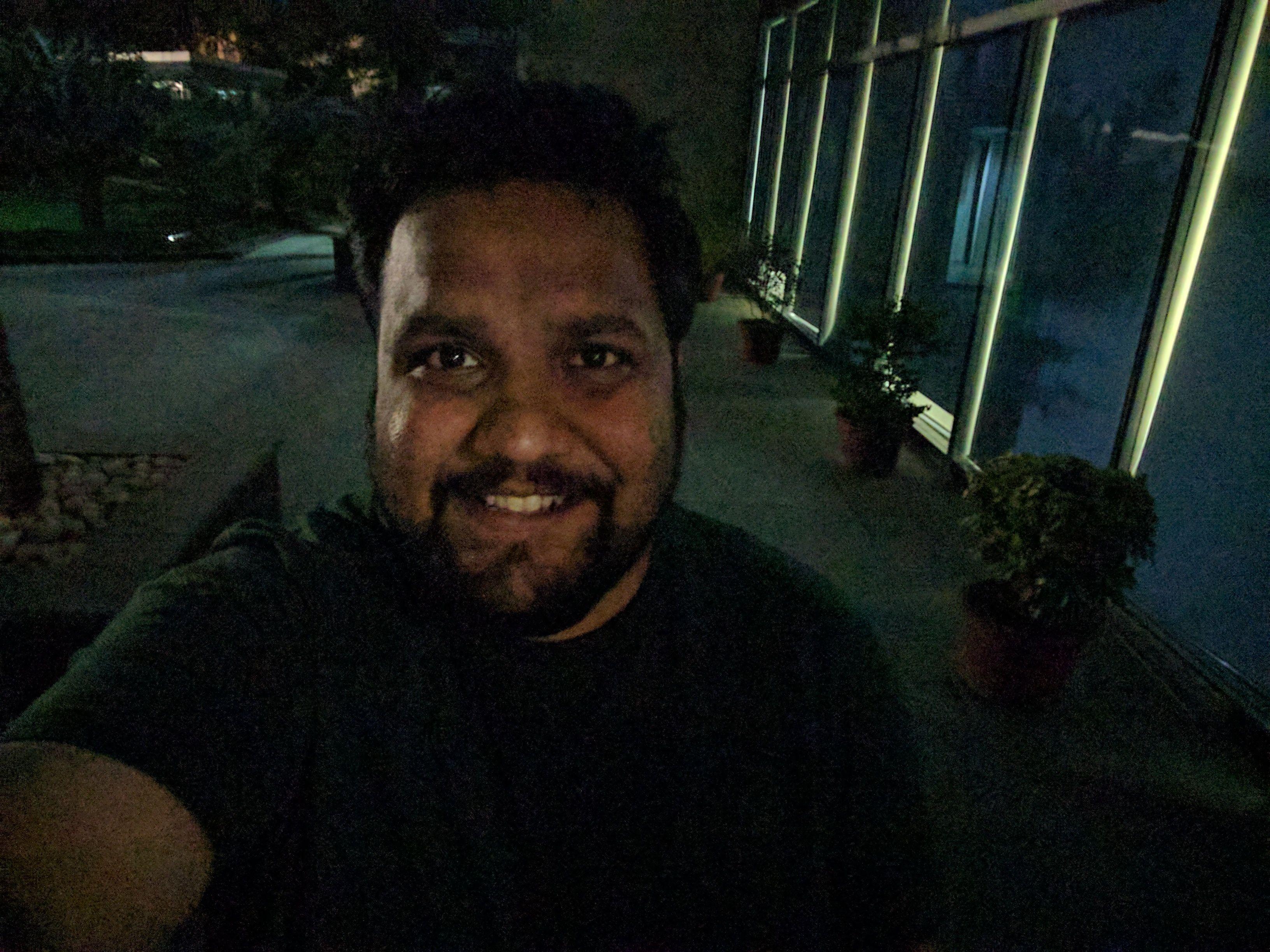 pixel_selfie_low_light_1