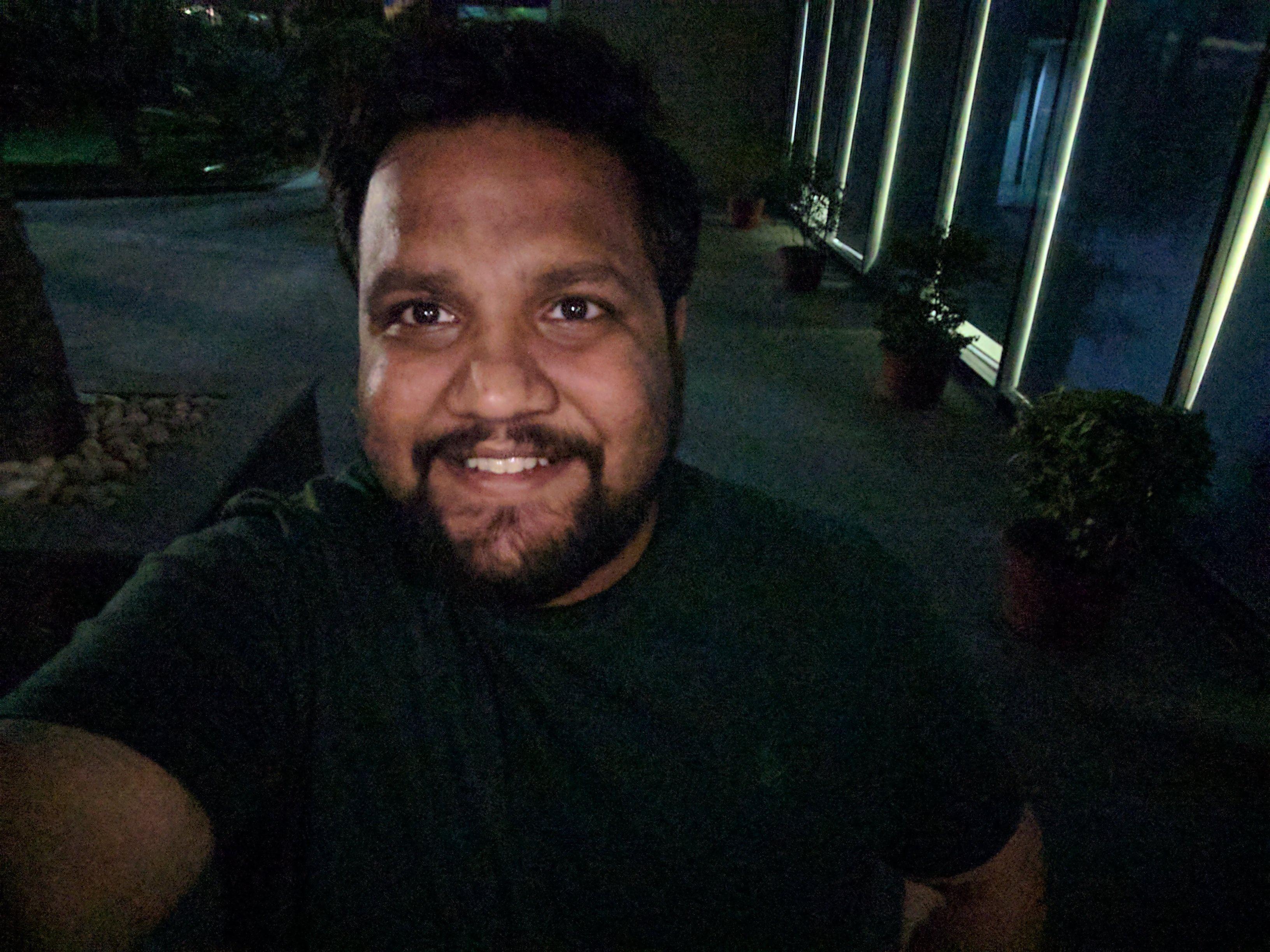 pixel_selfie_low_light_2