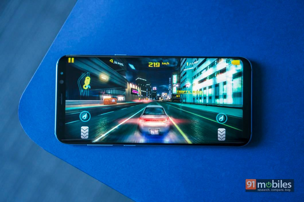 Samsung-Galaxy-S8-Plus-04