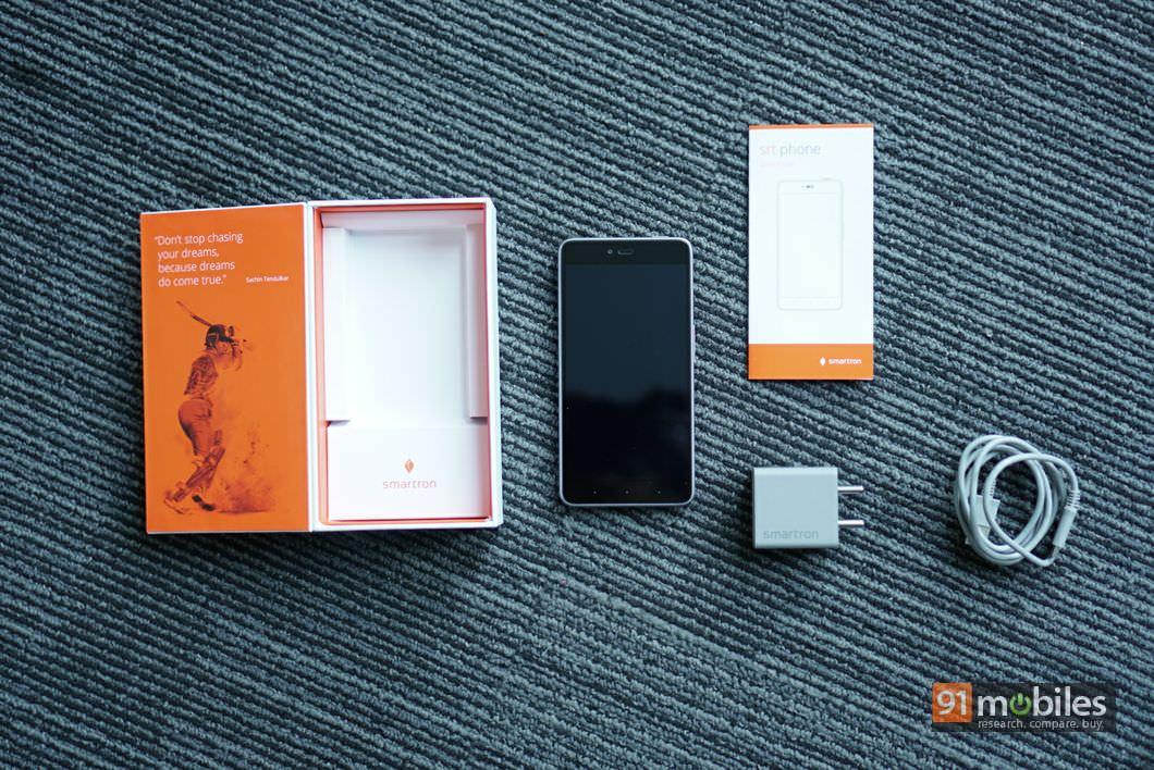 Smartron srt.phone First Impressions 26