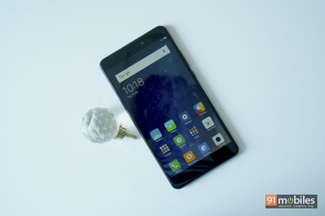 Xiaomi Mi Max 2 In Pictures 001