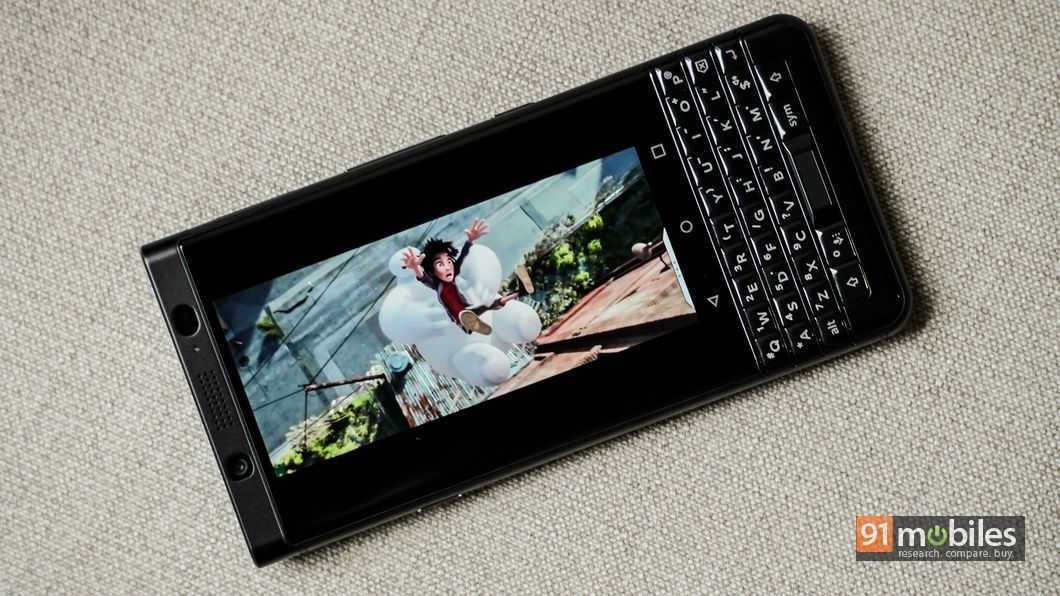 BlackBerry-KEYone-07